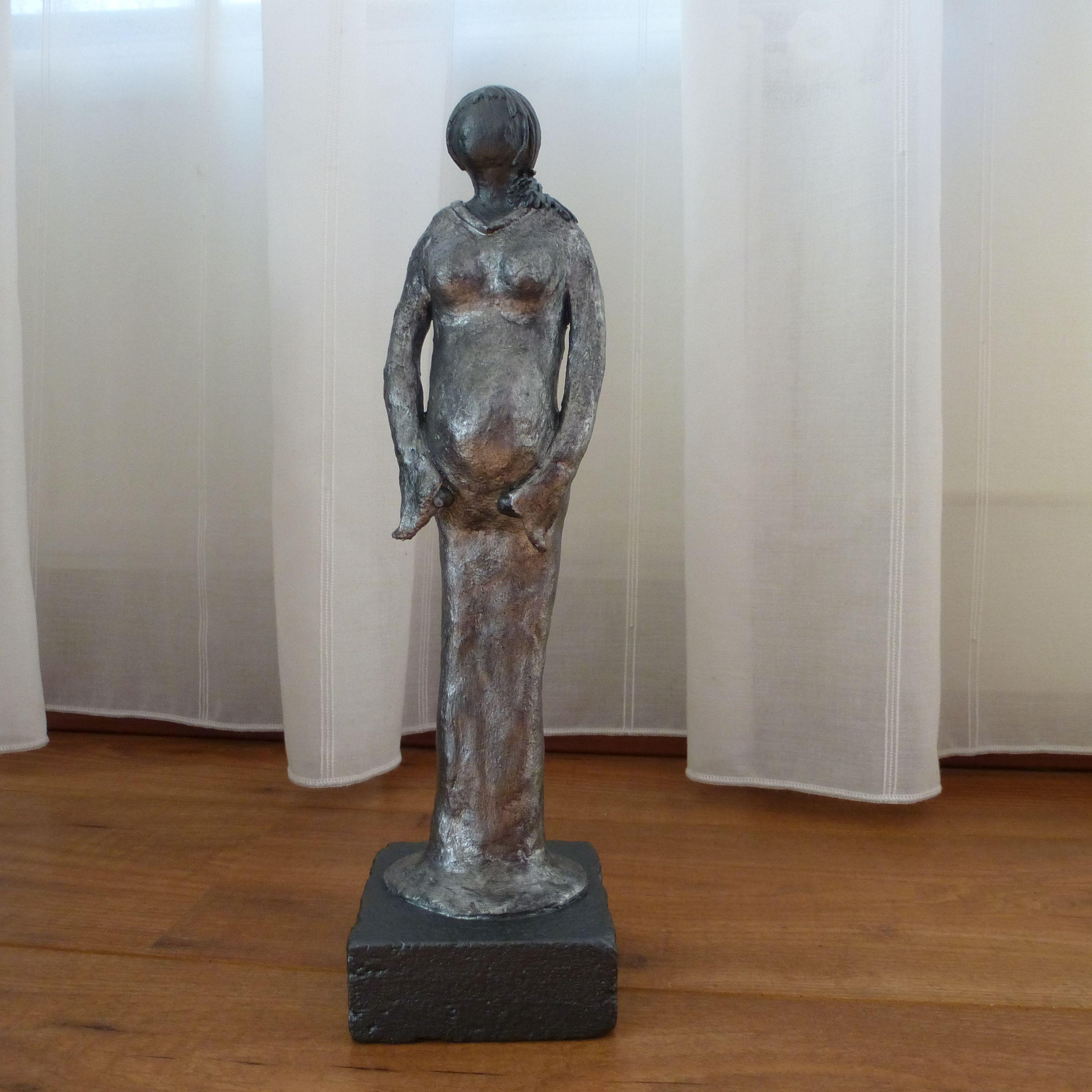 Zwangerschap en geboorte blijft een bijzonder iets dit is een decoratie beeld of figuur van een - Beeld van decoratie ...