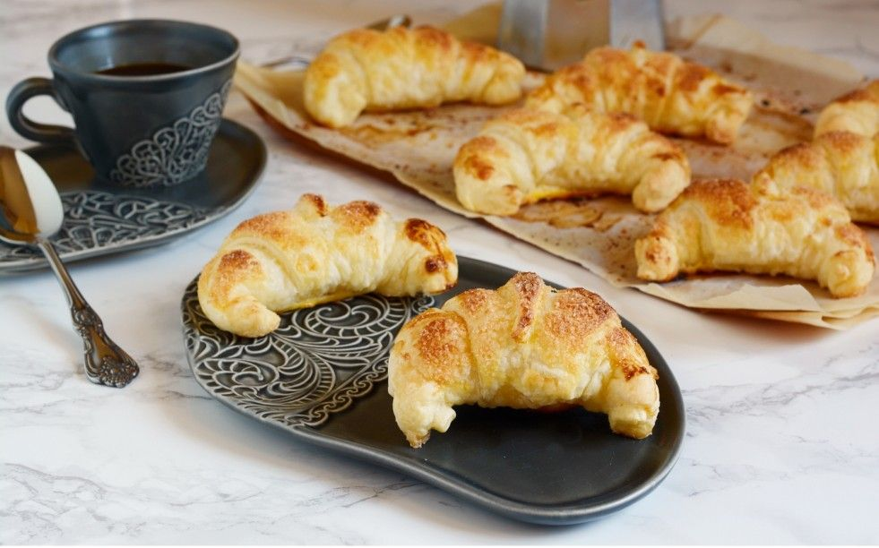 Croissant Alle Mele Ricetta Ricette Dolci Biscotti E