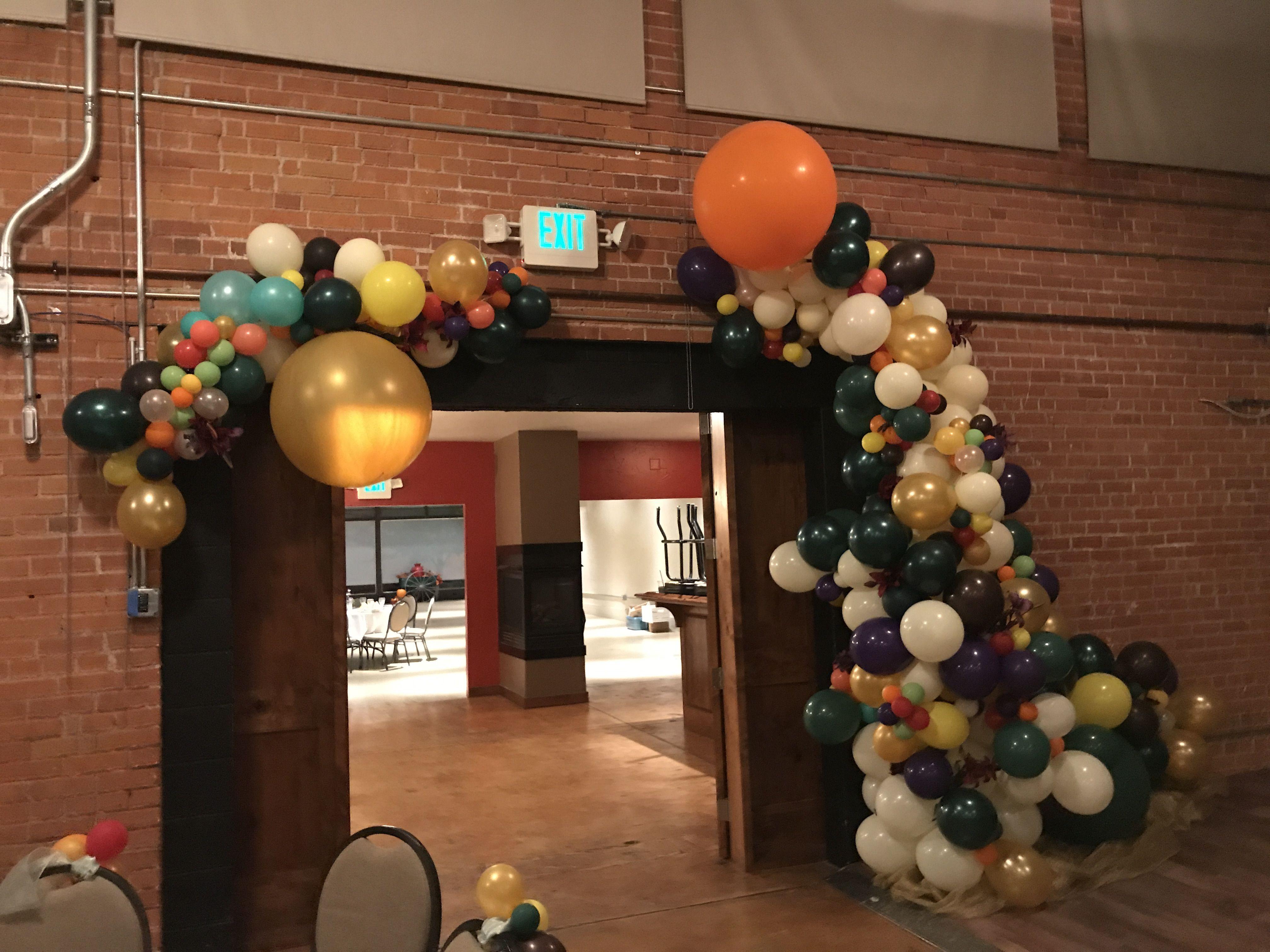 Organic Balloon Decor By Balloon Art By Merry Makers Balloon