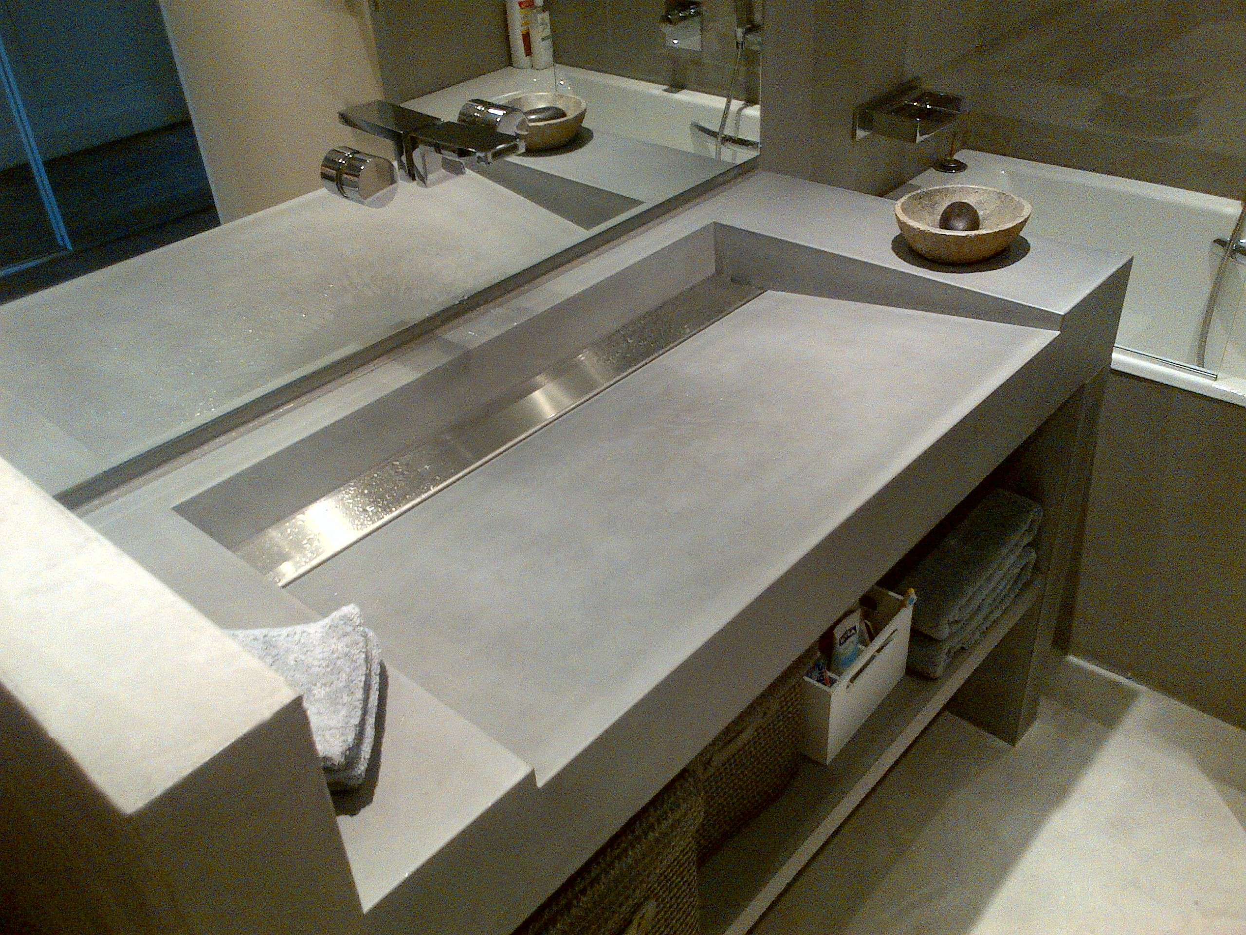 vasques b ton inox bross concrete by lcda inspiration hotel salle de bain vasque et. Black Bedroom Furniture Sets. Home Design Ideas