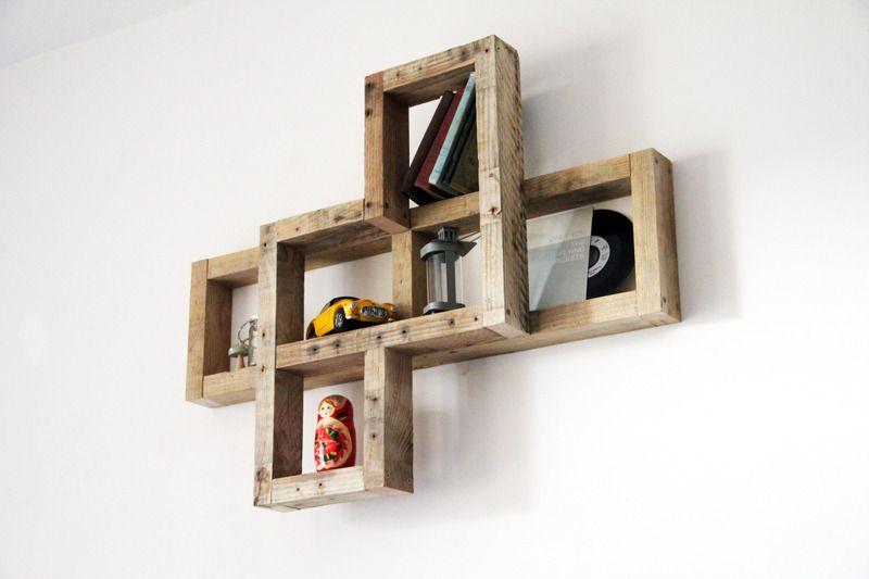 etag re murale selvie en bois de palette recycl meubles. Black Bedroom Furniture Sets. Home Design Ideas