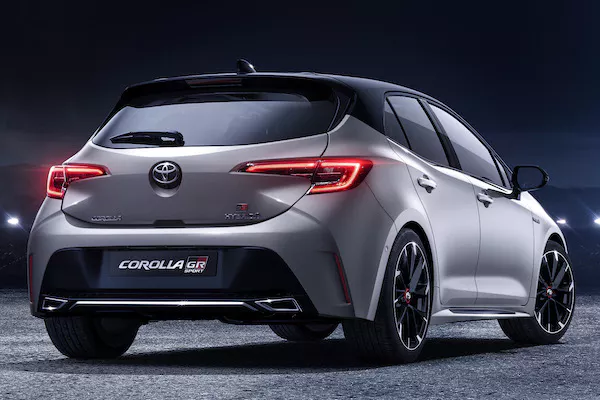 2020 Toyota Corolla Gr Sport Previewed Before Geneva Motor Show Launch In 2020 Toyota Corolla Toyota Geneva Motor Show