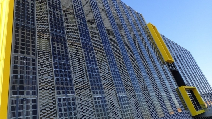 Bipv With Huge Potential For Greener Cities Facade Green City Solar