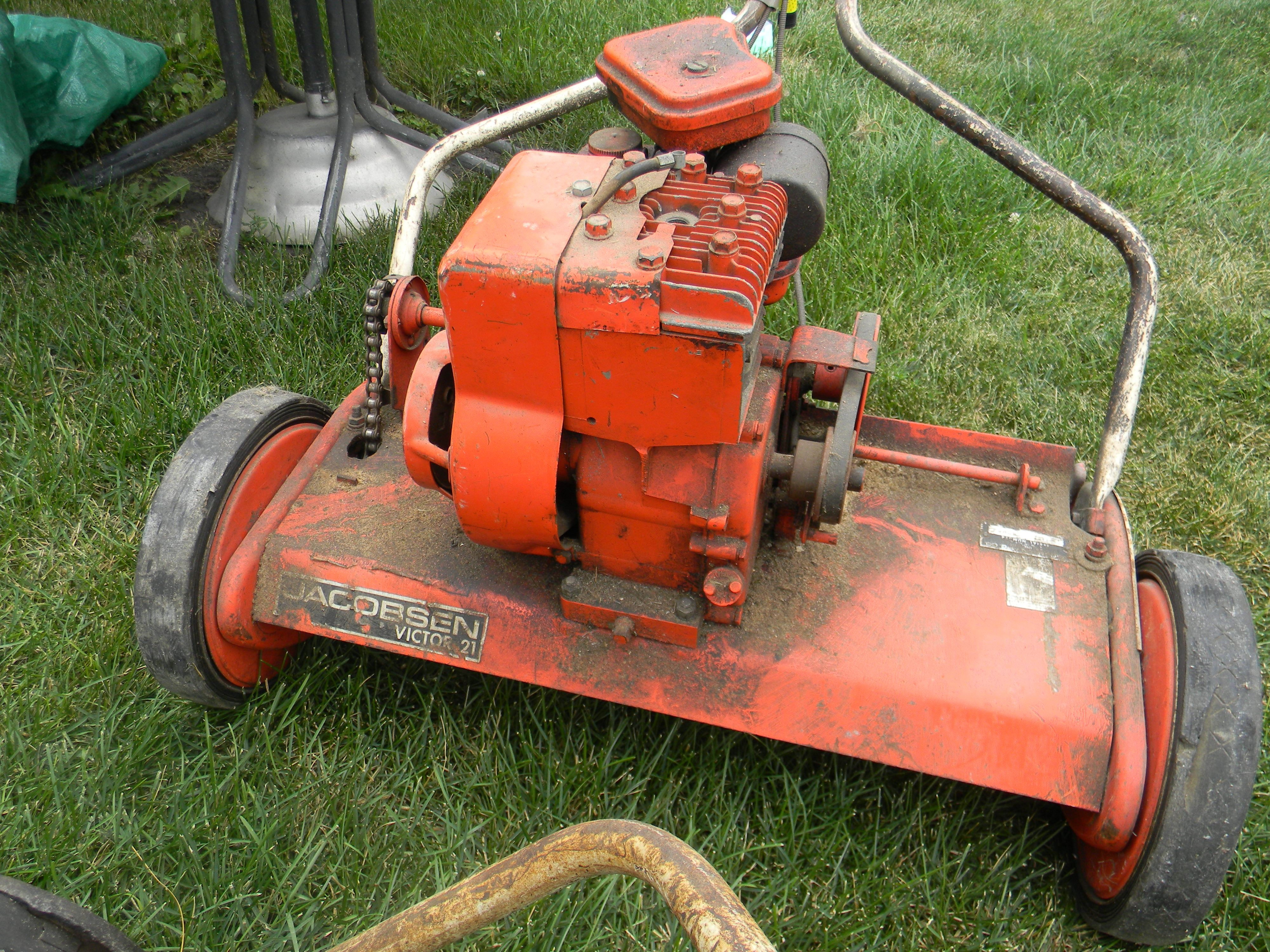 A Vintage Jacobson Reel Mower Racine Wi Reel Mower Vintage