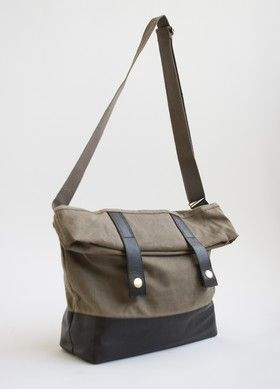 For Me Love This Grand Army Messenger Bag From Brooklyn Industries 82
