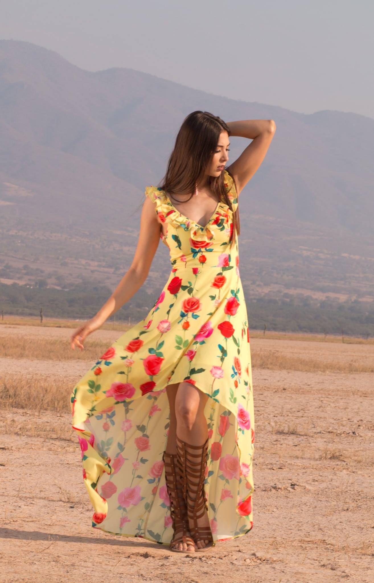 Vestido Flores $2,249 <3
