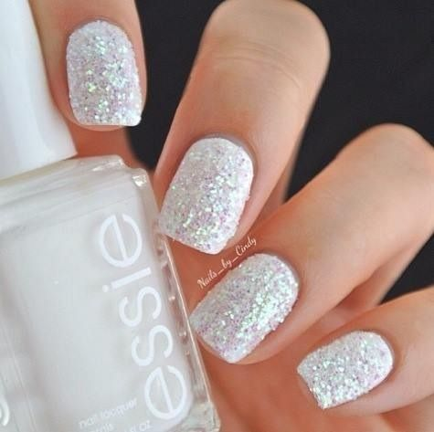 white sparkly nails ☆  sparkle nails trendy nails essie