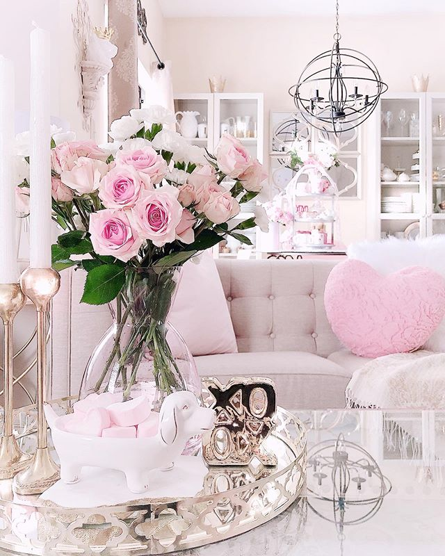 .#Valentinesdecor #Pinkroses #Bouquets #GreatRoom #TableScapes #CoffeeTableDecor #DecorGlamSquad #inspire_me_home_decor #HouseAndHome #TableDecorations #TheCottageJournal #StopAndSmellTheRoses #RomanticHomes #PinkLovers #KitchenDecoration #decorativepillows #TheDesignTwinsLove #BlushPink #BHGHowIHoliday #ShabbyChicStyle #sweettreat #CottageStyle #MyHGTV #tray #pier1love #VictoriaMagazine #treschic #pinkeverything #PinkAndGold #valentinesdecorations #valentines day decorations for tables shabby c