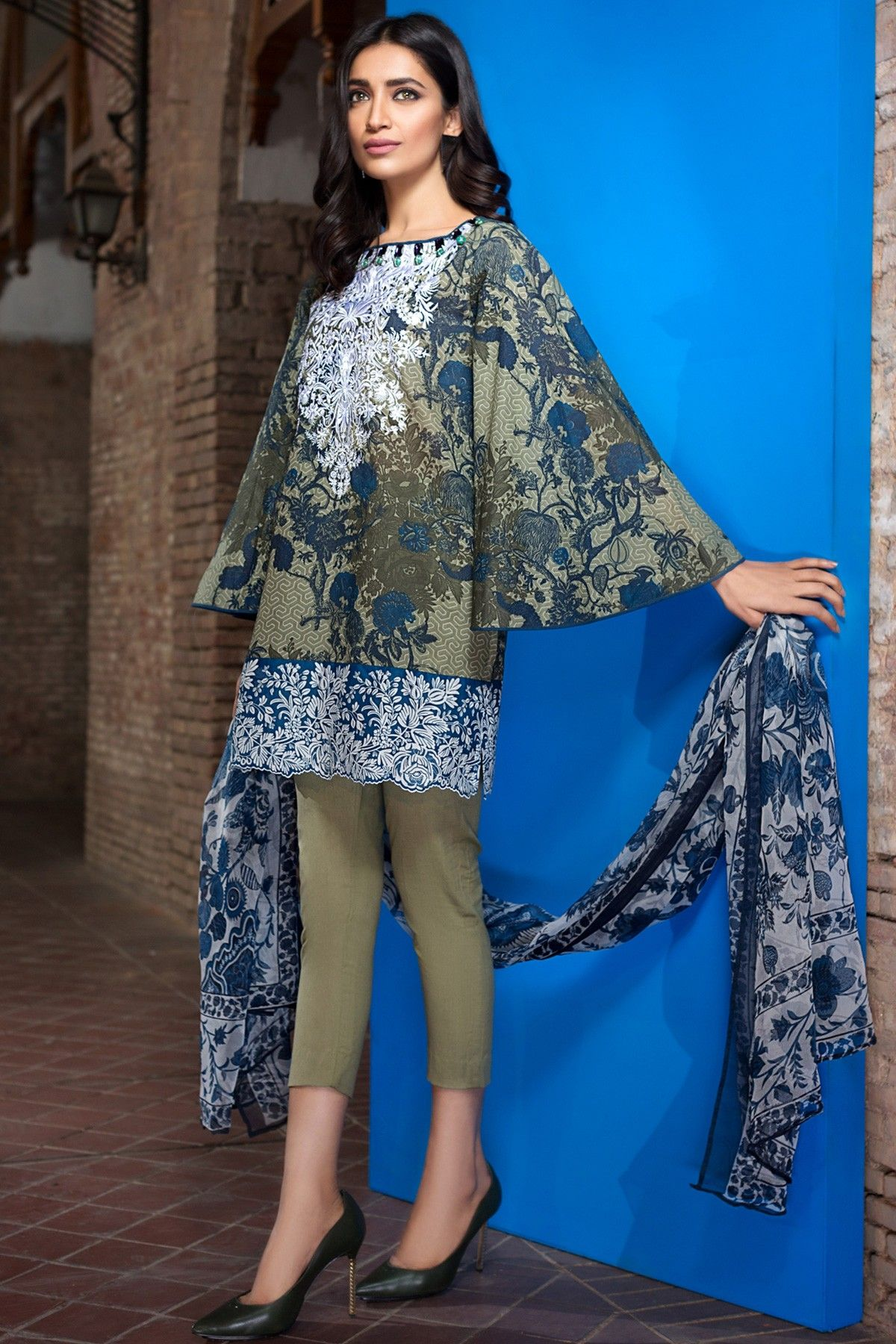 9ba9cbf03f4 Khaadi Latest Summer Lawn Dresses Designs Collection 2019