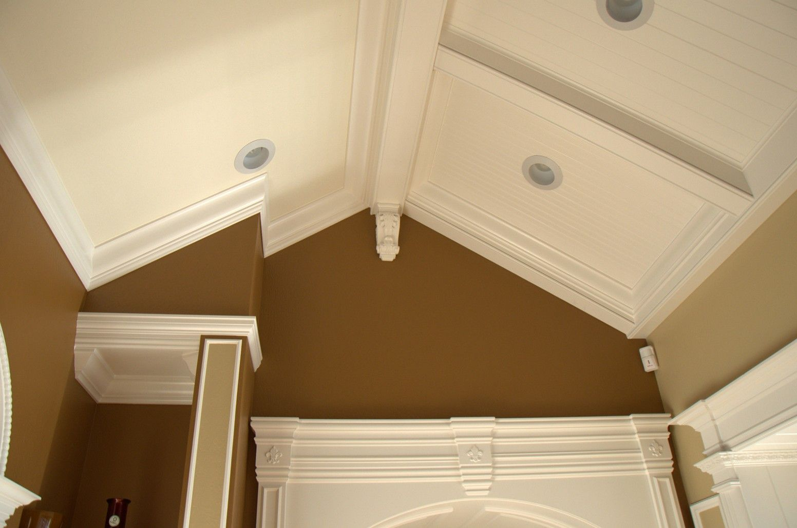 Crown Molding Vaulted Ceilings