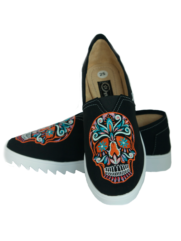 €50.33 Shoes with Big Skull Embroidered By Frida Bonita