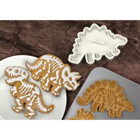 Dig-Ins Dino Fossil Cookie Cutters... Ross would love these @Laura Jayson Jayson Engelhardt