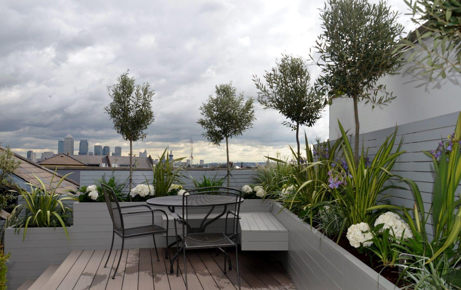 Modern Roof Terrace Garden Design Tower Bridge Docklands London High Chinese Bridge Chinese D In 2020 Terrace Garden Design Modern Garden Design Garden Design