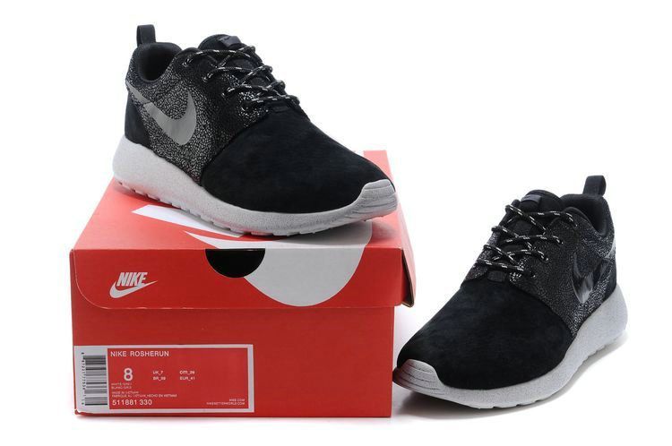 2018 Cheap Priced Mens Nike Roshe Run Star Diamond 511881 330 Black Black  White bd72e0a36f45
