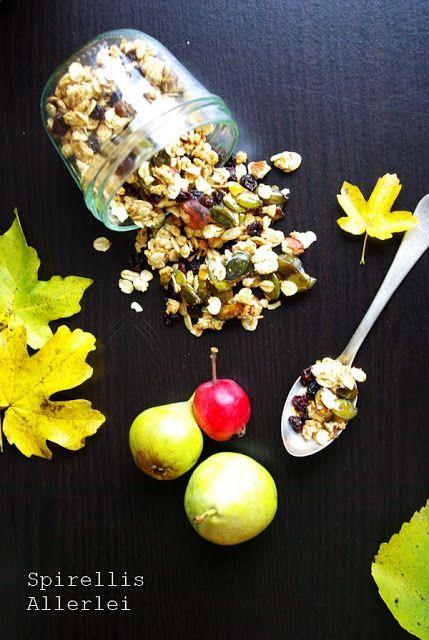 Spirellis Allerlei - HerbstGranola mit karamelliesierten Kürbiskernen