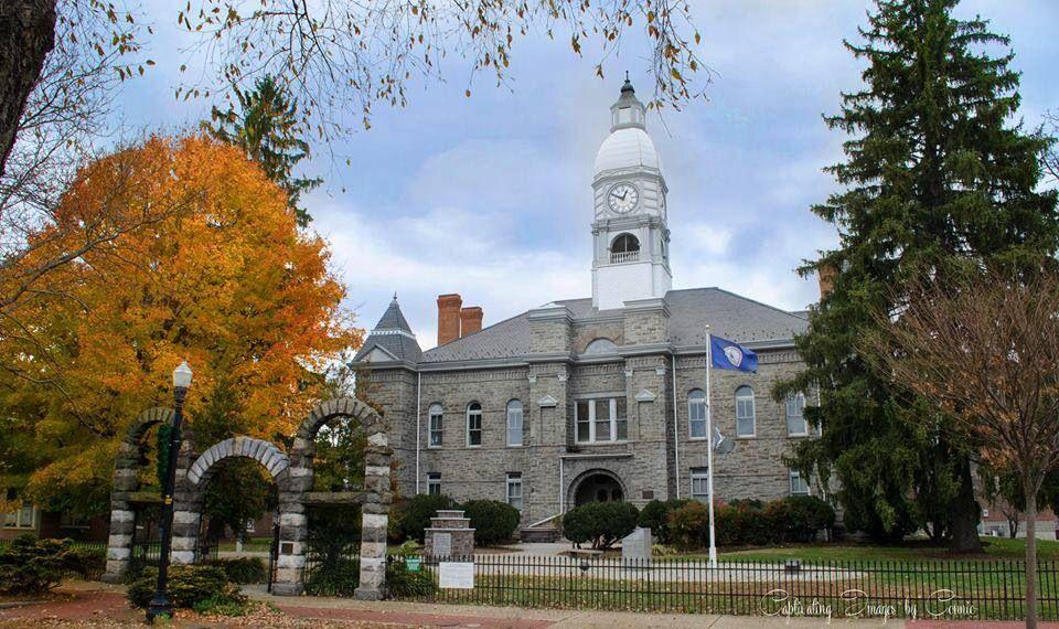 Pulaski County Courthouse In My Hometown Of Pulaski Va Wythe