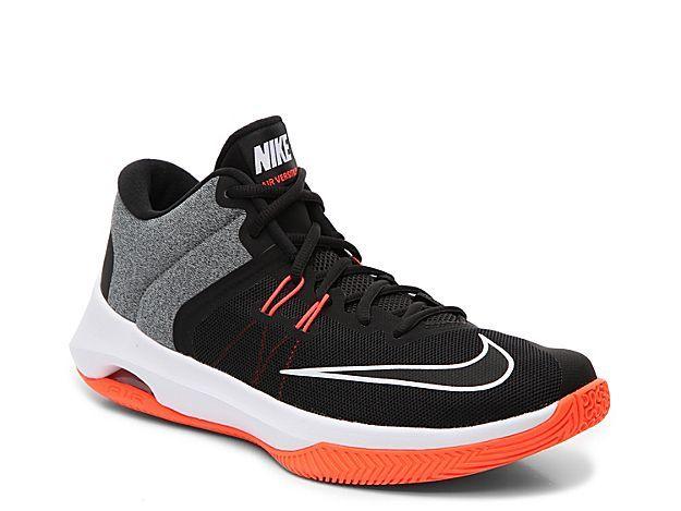 9704ec8676b4 Men Air Versatile II Training Shoe - Men s -Grey Orange