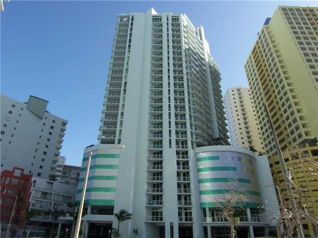 218 SE 14 ST Miami FL 33131
