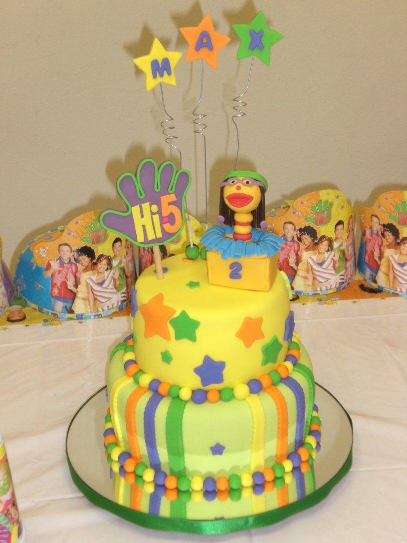 Hi 5 Gumpaste Chatterbox Fondant Cake Facebook Dreams Of Sugar