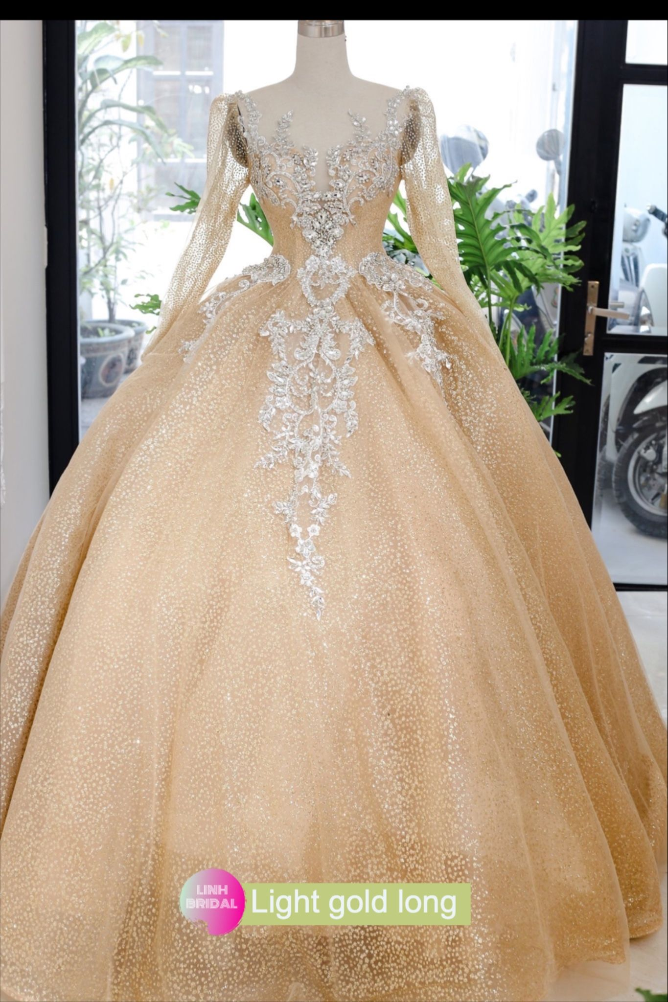 Light Gold Beaded Long Or Short Sleeves Sparkle Ball Gown Wedding Dress With Sweep Train Glitter Tulle Ball Gowns Wedding Ball Gowns Ball Gown Wedding Dress [ 2048 x 1365 Pixel ]