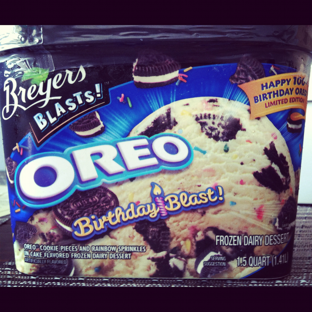 Breyers Oreo Birthday Blast Ice Cream Cake Flavored Oreos And Sprinkles Lifechanger Yourewelcome