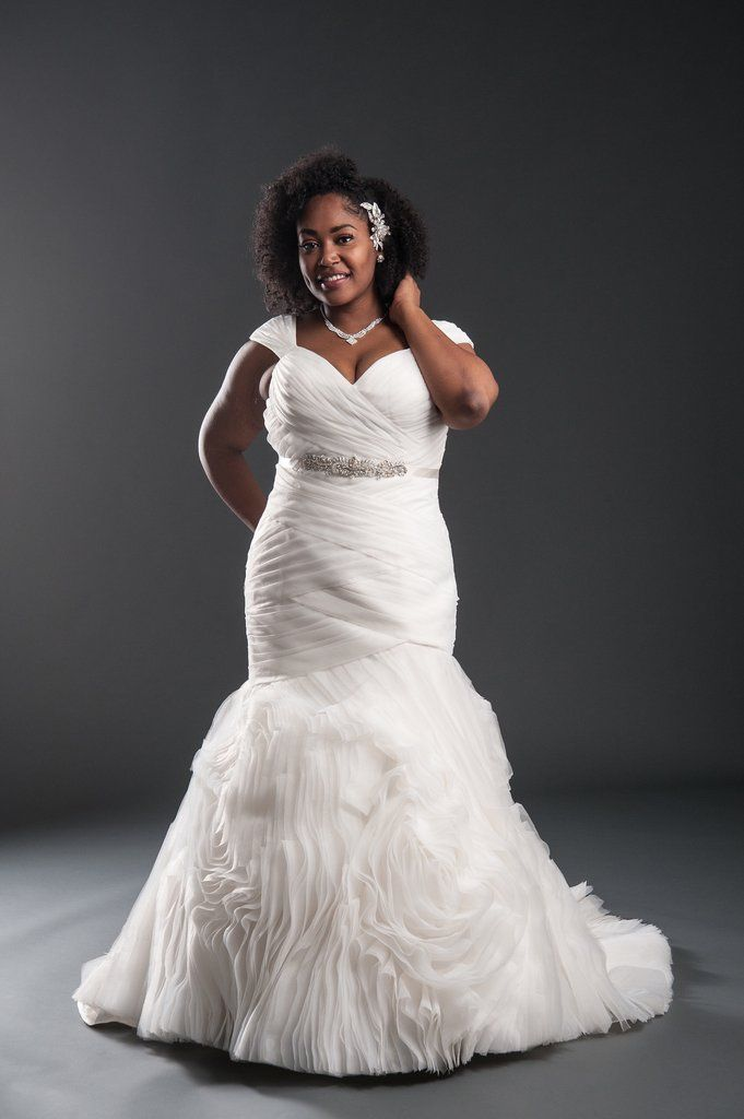 Juliette | Curvy, Wedding dress and Couture bridal