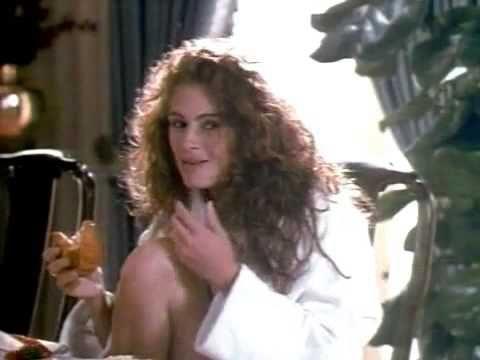 Đây là trailer bộ phim Pretty woman vào năm 1990,bộ phim cho ta thấy rằng phong cách thời trang của phụ nữ vào năm 1990 rất đa dạng,quần đùi,áo 3 lỗ sexy,hay những bộ đồ denim hiện đại,hoặc  những bộ váy dài sang trọng