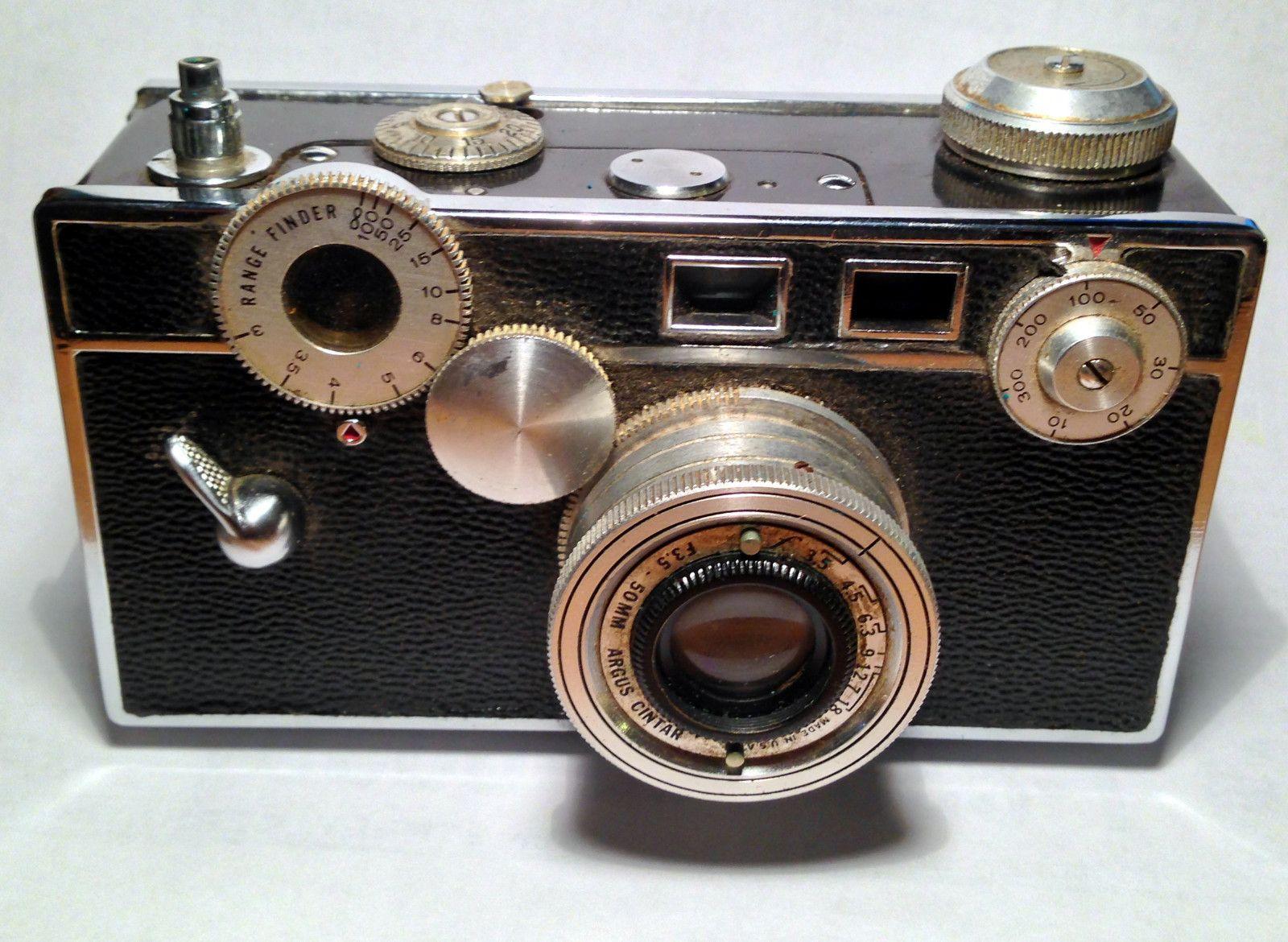 Vintage Argus C3 35 mm Camera