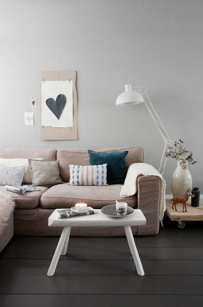 quelle couleur pour un salon murs taupe et beige sol en planchers en marron fonc
