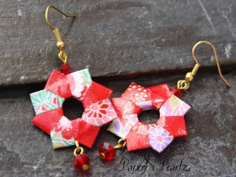 #Origami #earrings shaped into a #wreath and accentuated with bead. #origamijewelry #papernpearlz #origamiart #origamiindia #paperfolding #origamilove #handcrafted #paperjewelry