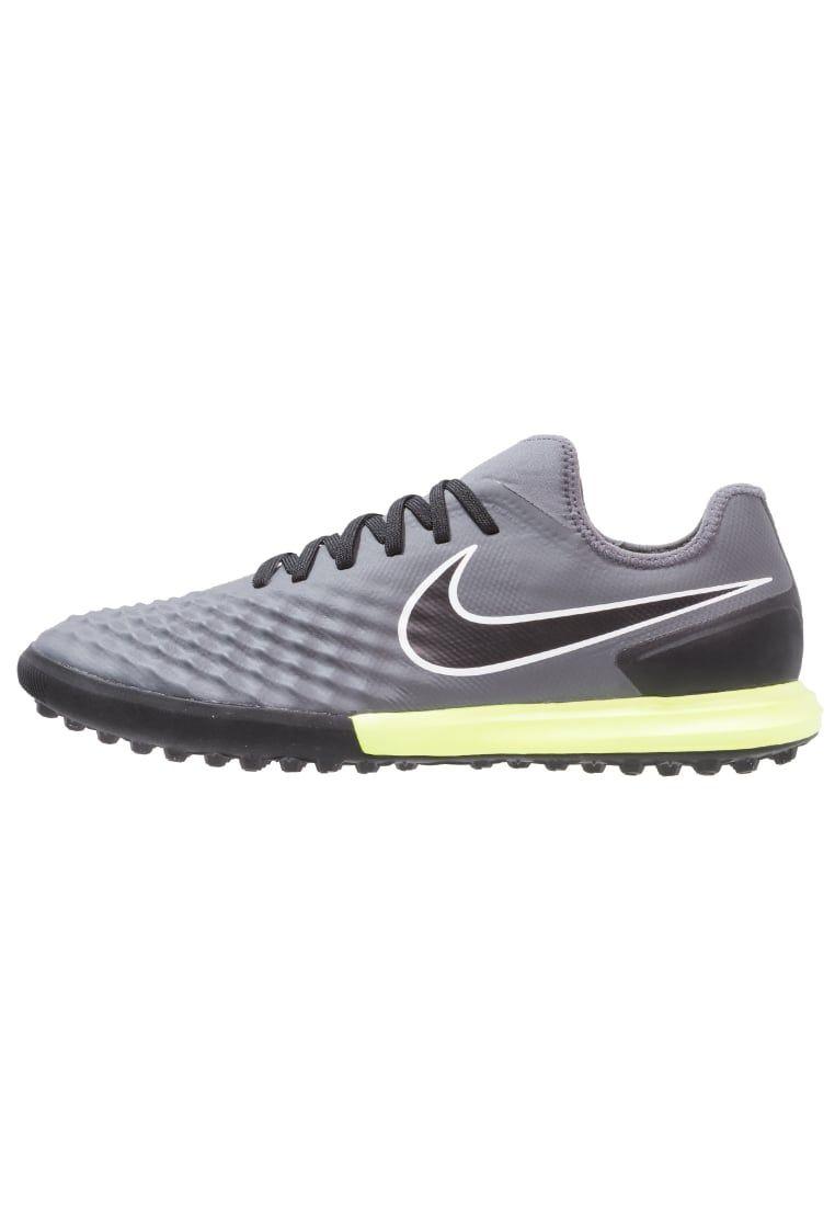 meet f76ea b2059 ¡Consigue este tipo de zapatillas de Nike Performance ahora! Haz clic para  ver los