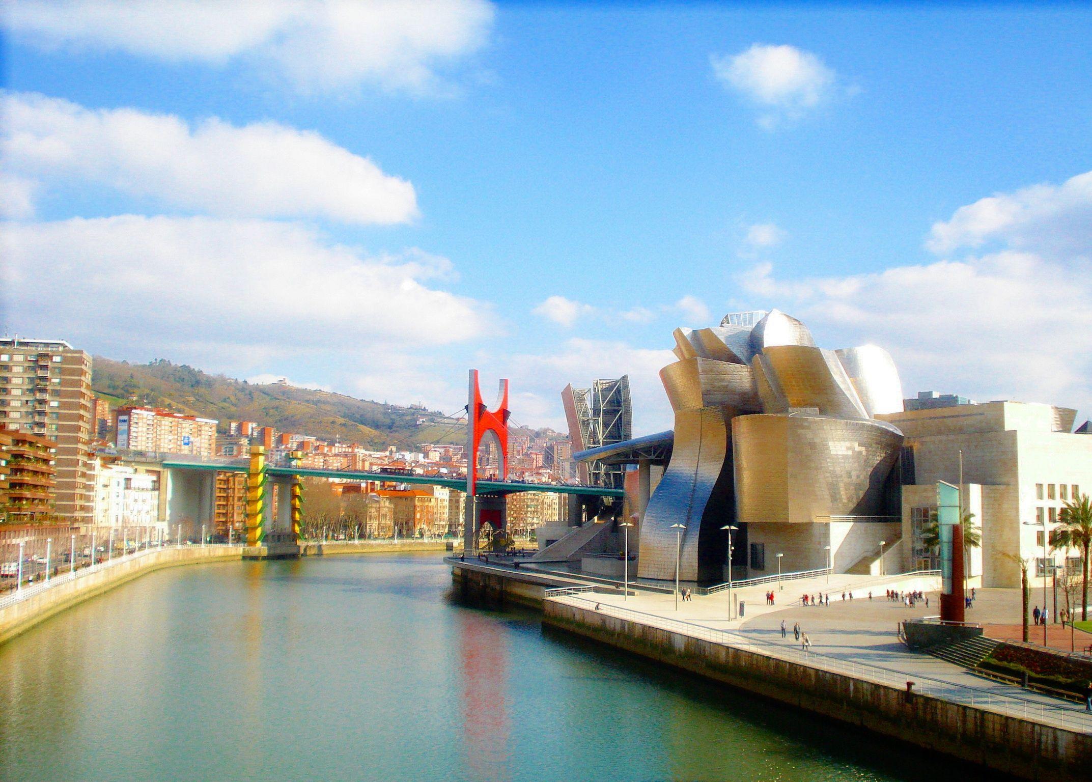 Bilbao (Bilbo), Spain Museum Guggenheim País Vasco - Euskadi