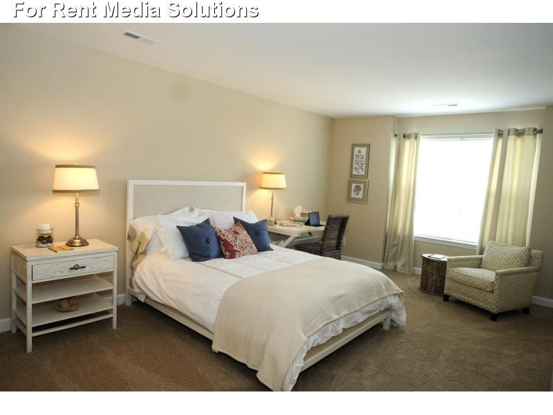 Park Crescent Apartments For Rent In Norfolk Virginia Apartments For Rent Luxury Homes Renting A House