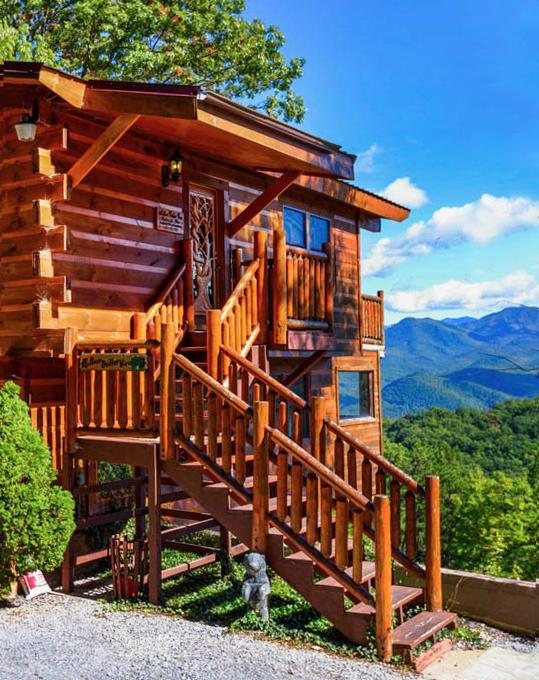Now That S A Million Dollar View Smokey Mountain Cabin Rentals Smokey Mountains Vacation Mountain Cabin Rentals