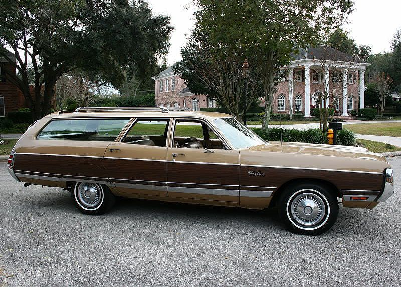 1972 Chrysler Town and Country Wagon | MJC Classic Cars | Pristine Classic Cars …