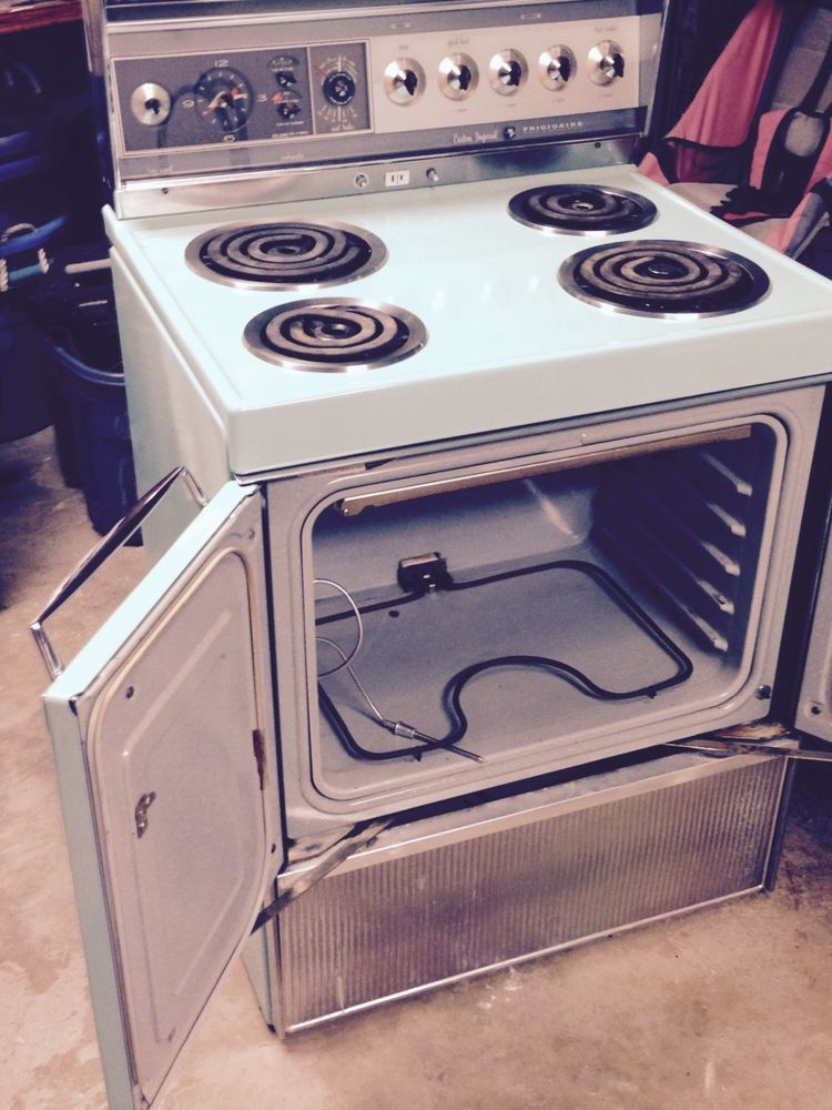 frigidaire custom imperial electric stove by GE mint green ...