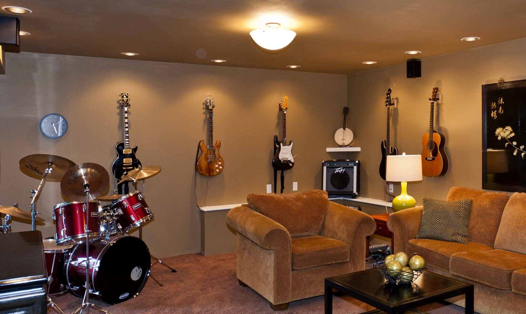Music room music room pinterest room music studios for Room decorating ideas music