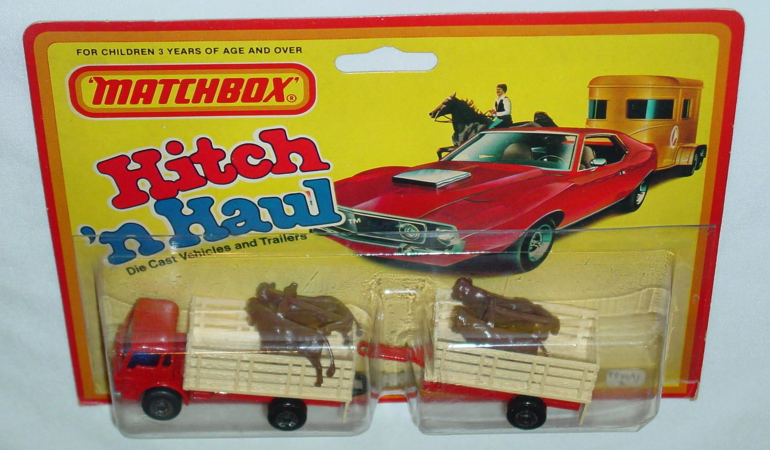 Twin Pack 19 A 2 Red 71c11 Cattle Beige 792a3 Trailer C9 Hitch Haul Matchbox Toy Car Blister Pack
