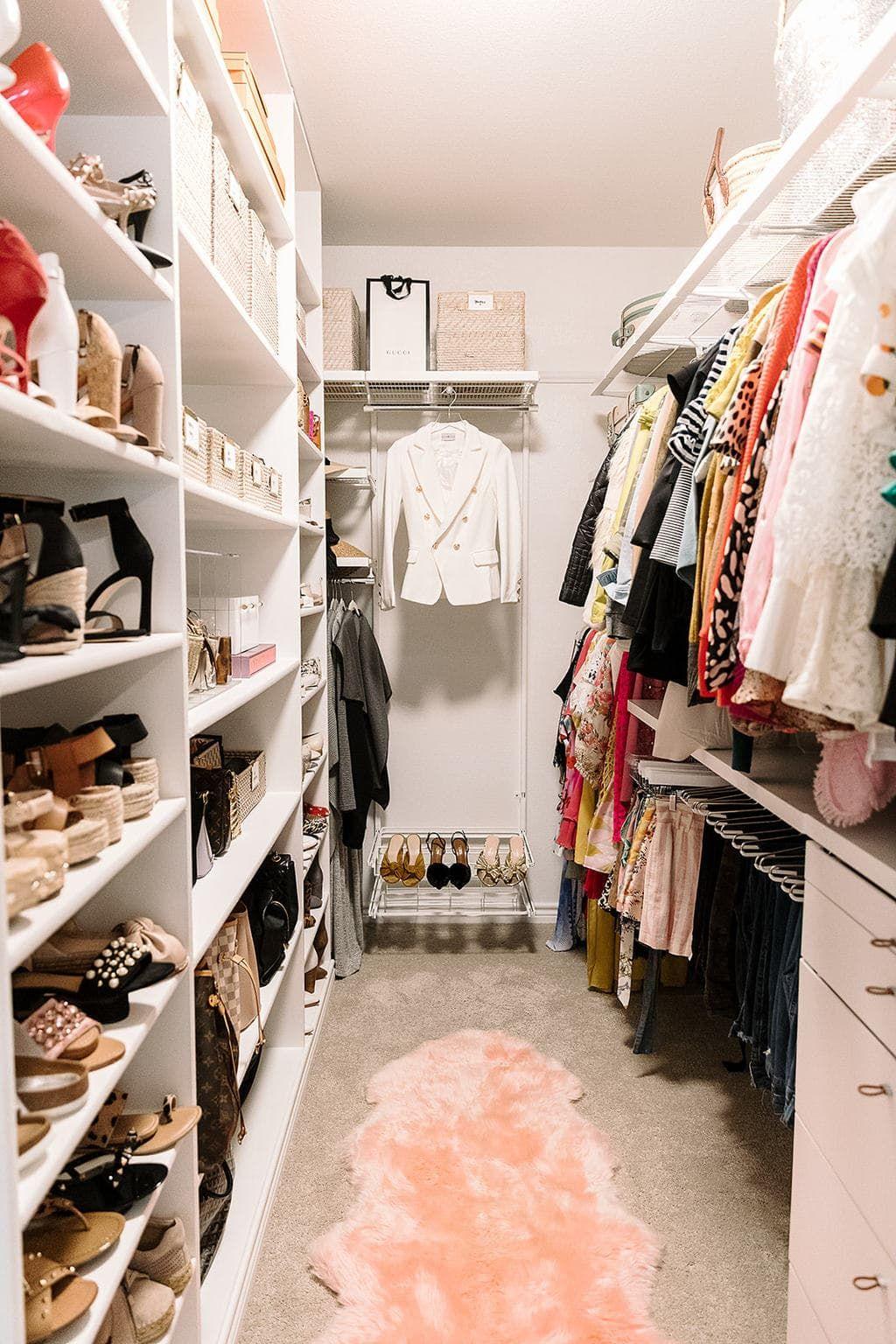 How I Organize My Closet Gorgeous Organized Closet That Keeps Everything In Its Place Closet Organizatio Closet Decor Bedroom Closet Design Closet Layout