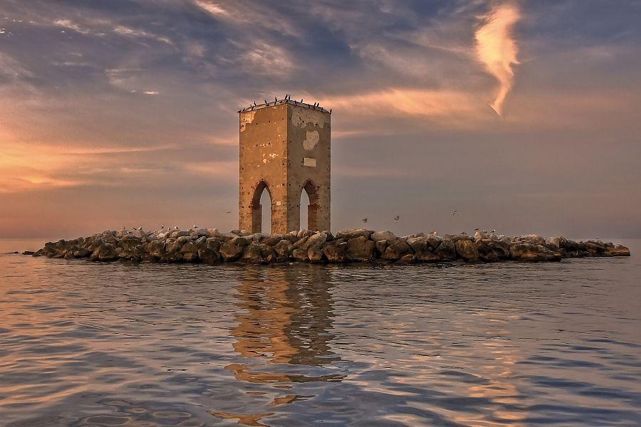 Torre Della Meloria Livorno Italy By Yuri Lemmi Tramonti