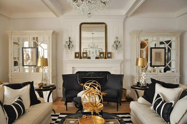 Mirrors/ furniture arrangement
