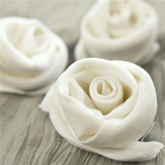10 DIY Napkin Ideas To WOW Your Guests | Napkin ideas, Napkins and ...