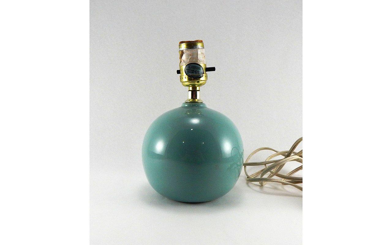 Vintage Underwriters Laboratories Portable Lamp Ceramic