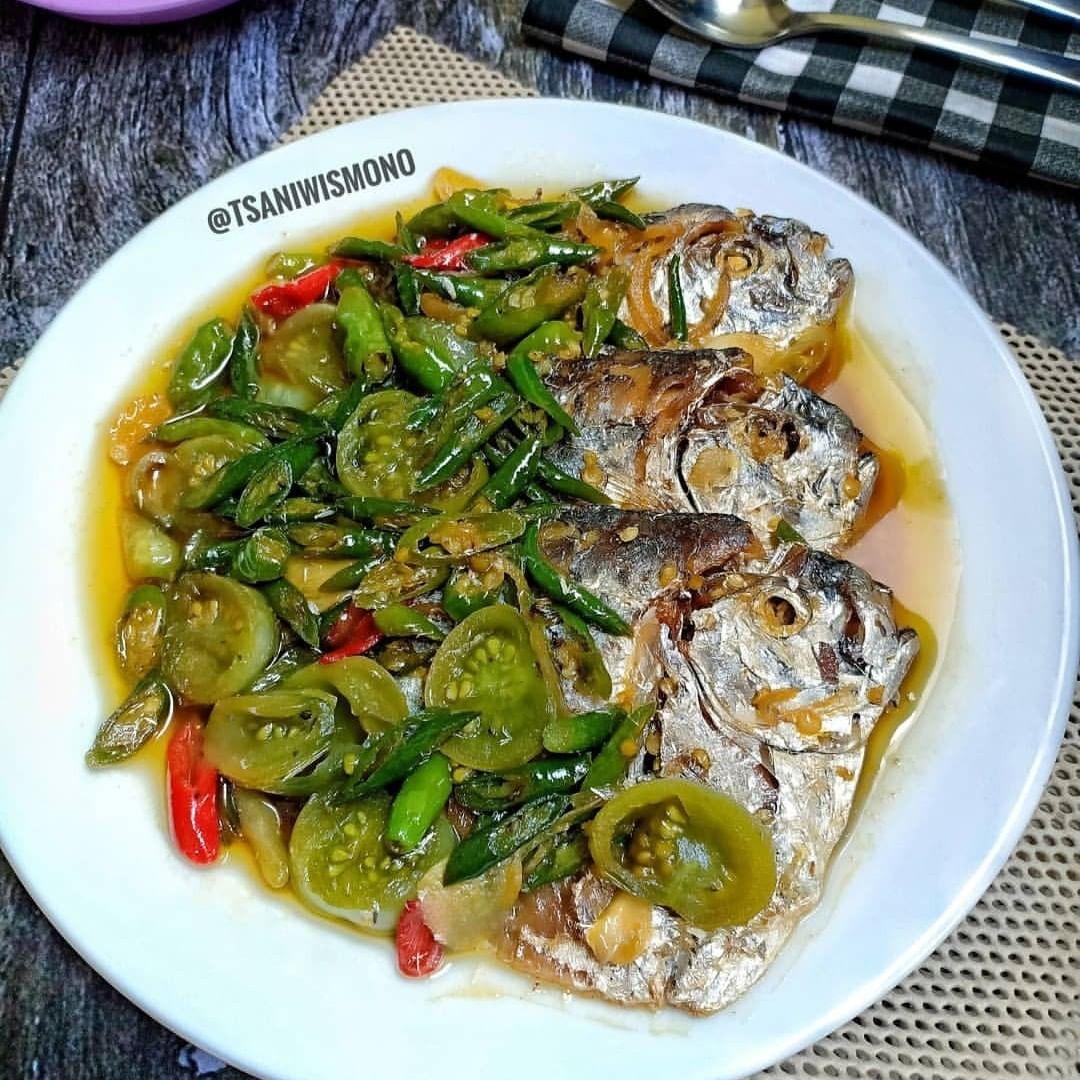 1 Kumpulan Resep Ikan On Instagram Menu Tanggal Tua Menu Low Budget Yang Bikin Lunch Meat Recipes Breakfast Recipes Casserole Balsamic Recipe