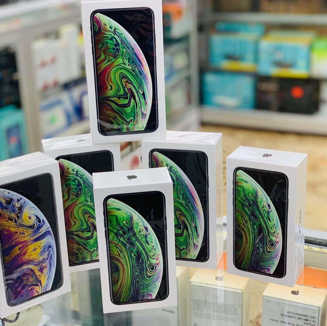 Estos iphone xs max y airpods pueden ser tuyos in 2020