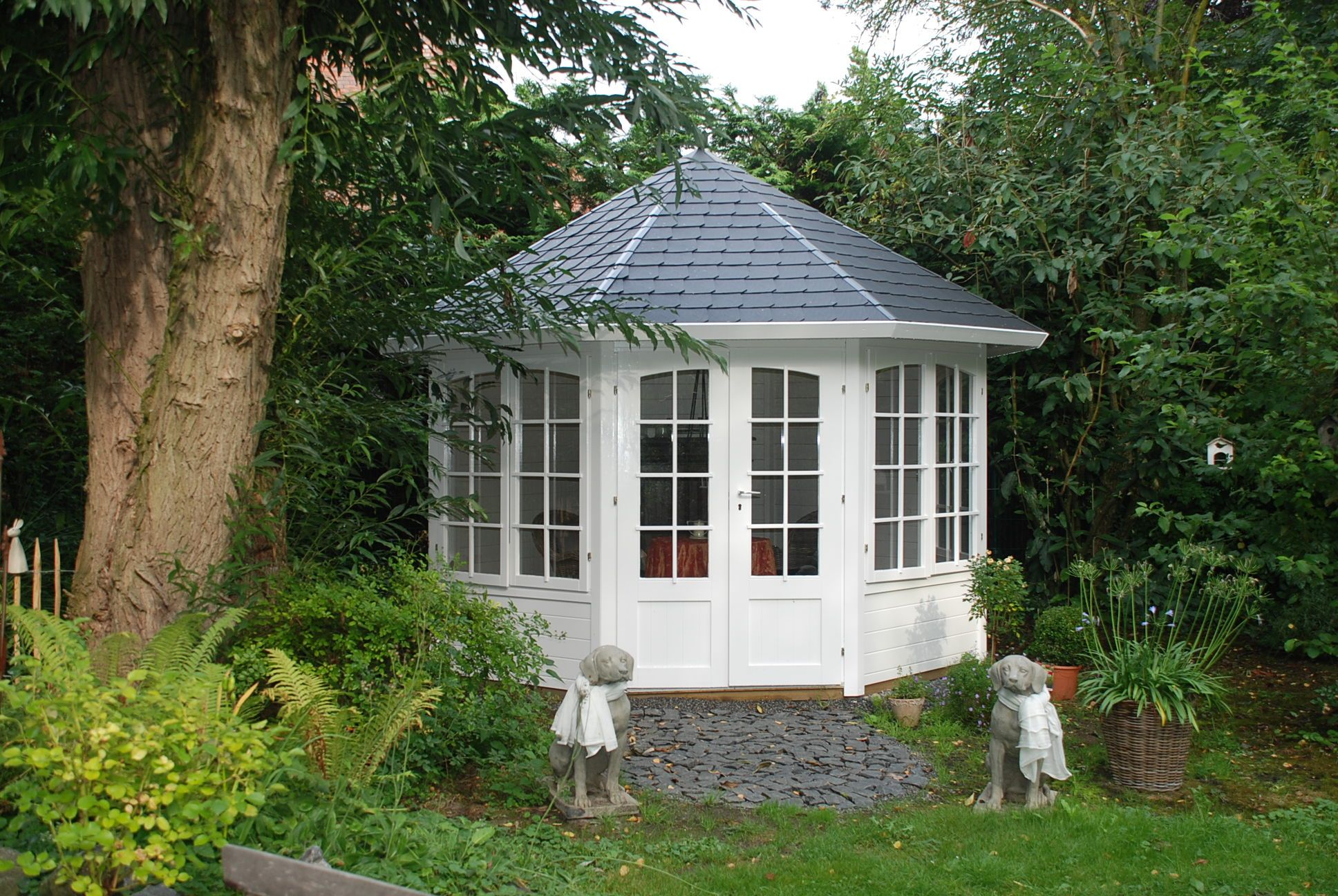 gartenhaus zum wohnen kaufen. Black Bedroom Furniture Sets. Home Design Ideas