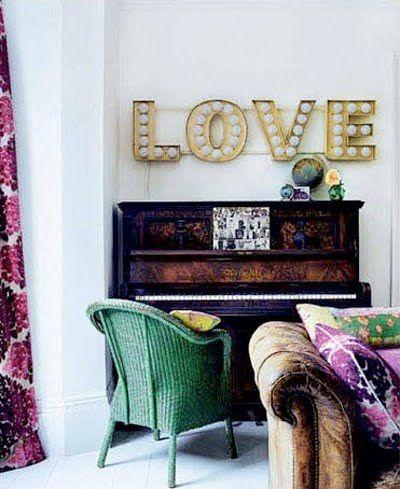 lightbulb 'love' sign