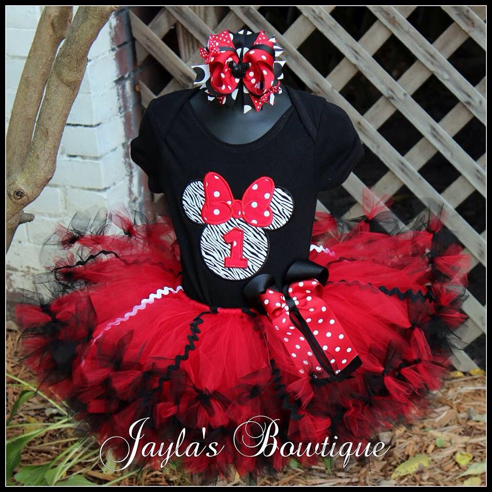 Cute Minnie Mouse birthday outfit