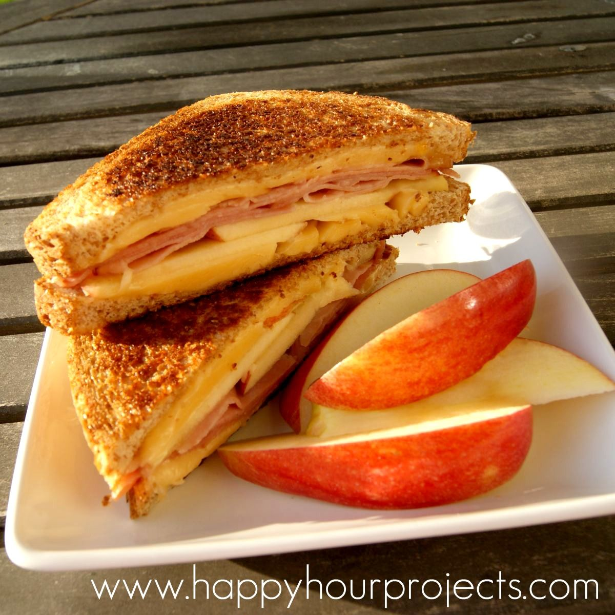 Ham, Gouda and Apple Grilled Cheese