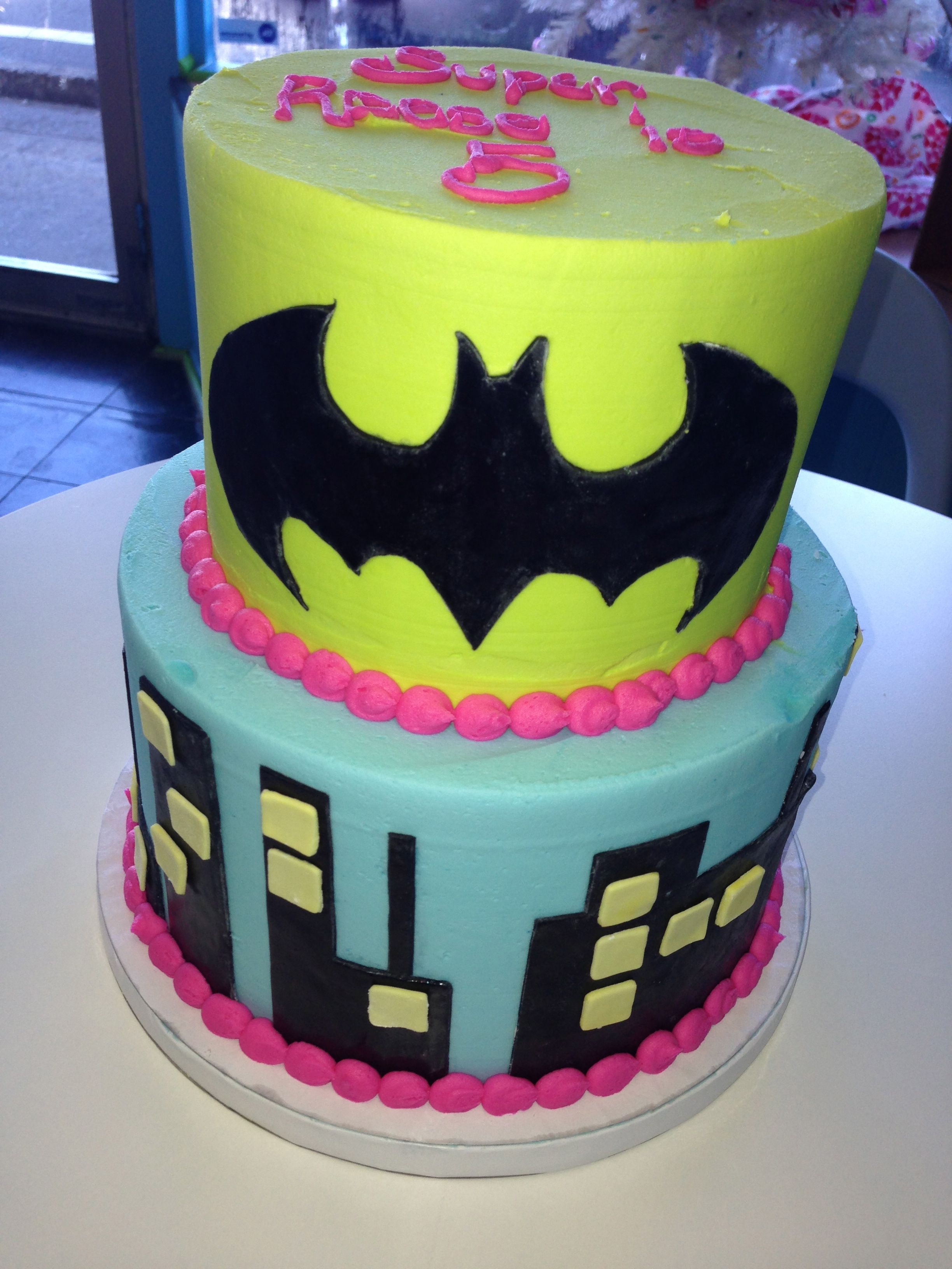 Super Hero Cake For A Girl Gateau Kelly In 2019 Id 233 E